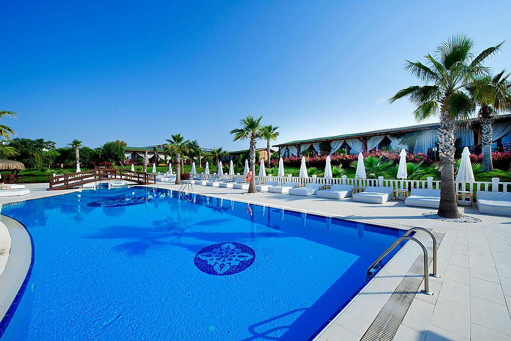 Picture: Flora Garden Hotel